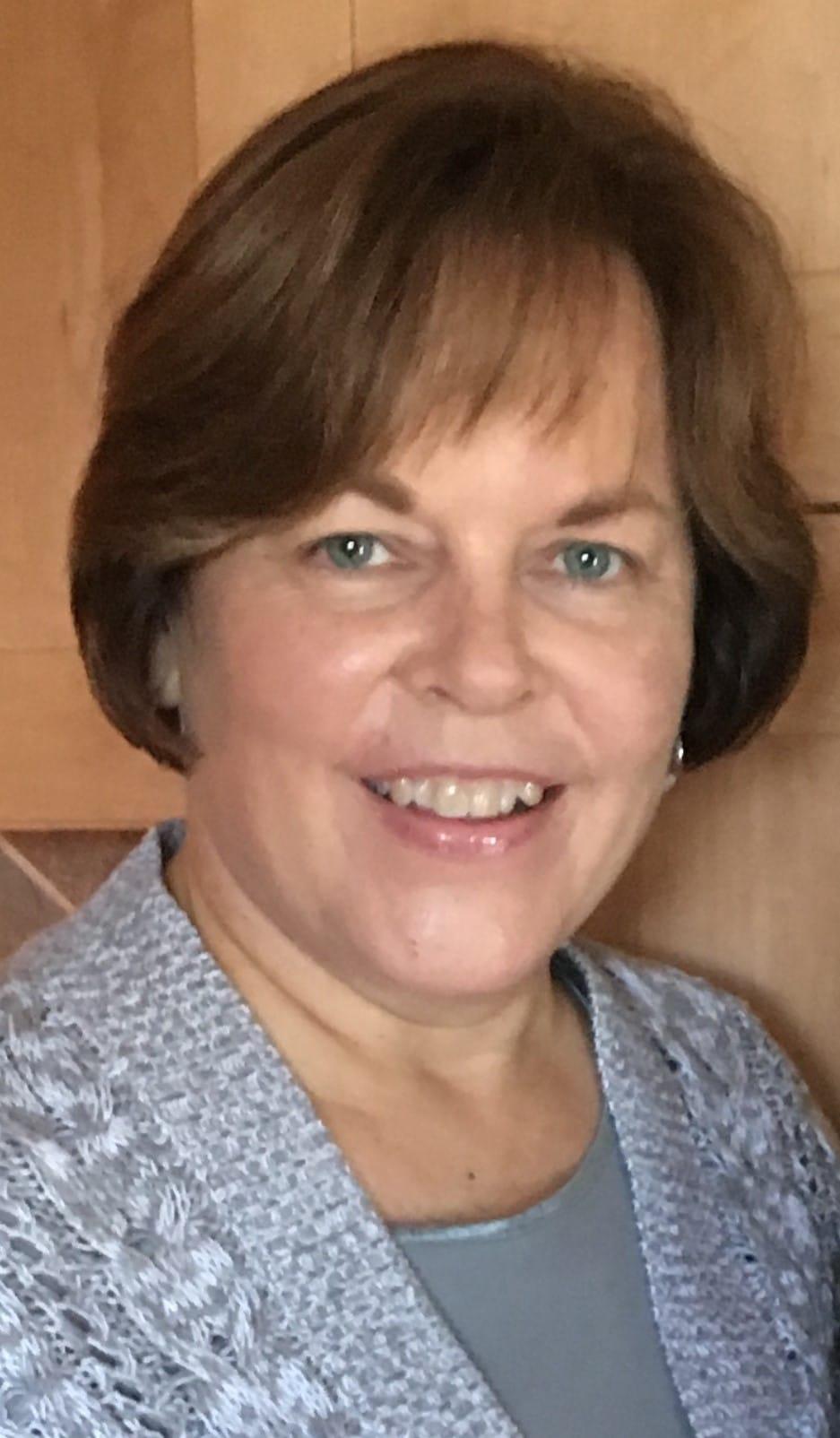 Lori Dahlstrom